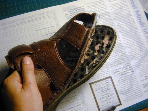 Как отремонтировать подошву обувь своими руками